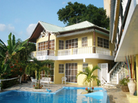 Buchen fully furnished apartments has a nice pool and enjoys a priviledged location in Samana Hills overlooking Samana Bay and the Marina