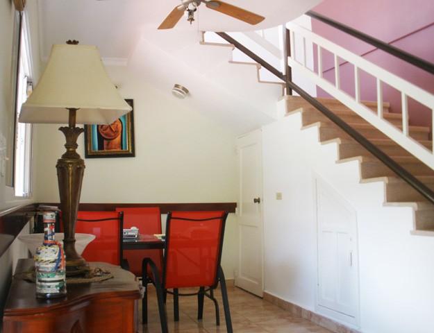 Hotel barato en samana hotel samana spring hospedaje y for Alojamiento barato en sevilla centro