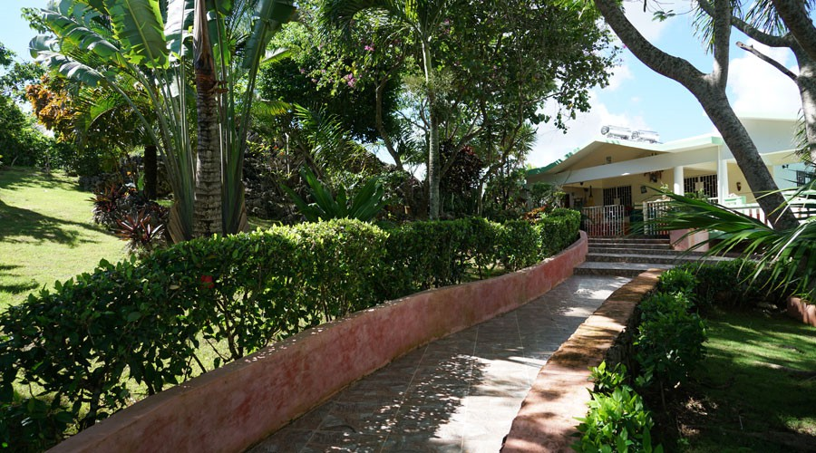 House & Apartment for Sale by owner in Samana Dominican Republic.