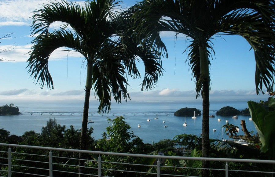 Superb views on the Bay and Bridges of Samana.